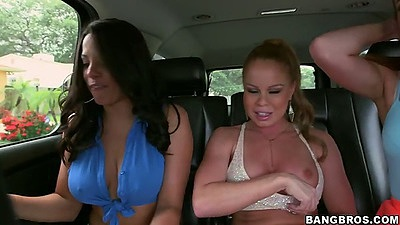 Backseat babes Nikki Delano and Luna Star with Lizzie Tucker going to party